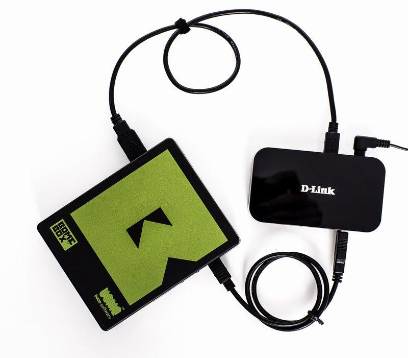 BomeBox with active USB hub